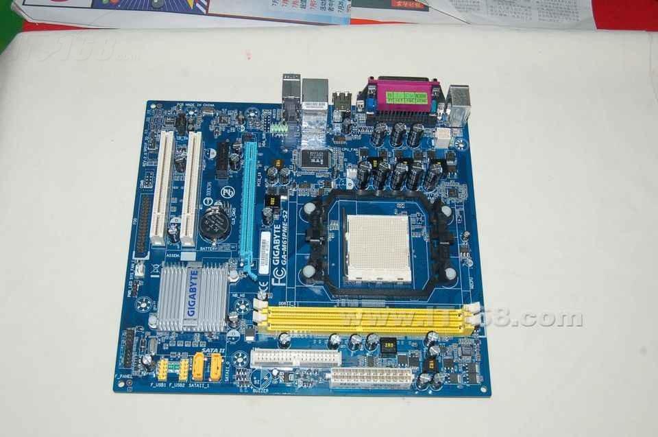 技嘉m61pme-s2(rev. 2.0)主板产品图片1