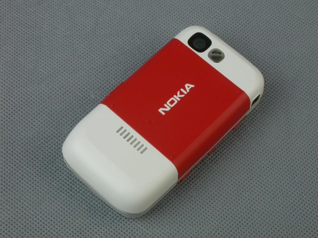 诺基亚5300外观图片4素材-it168手机图片大全