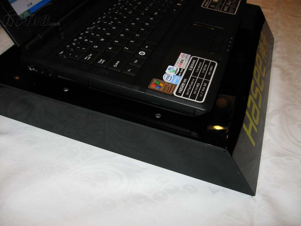 神舟天运Q540X笔记本产品图片29