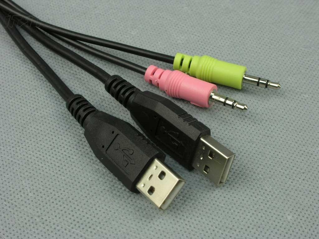 雷蛇黑腹狼蛛键盘产品图片57素材 IT168键盘图片大全图片