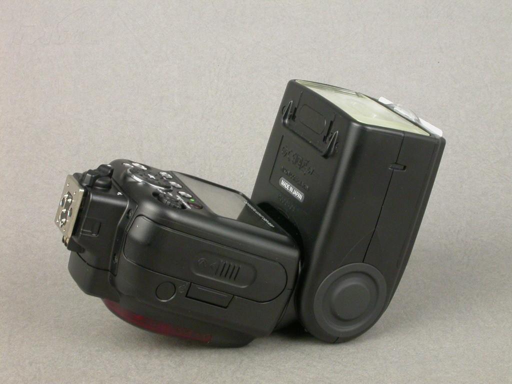 尼康sb-900闪光灯/手柄产品图片24素材-it168闪光灯