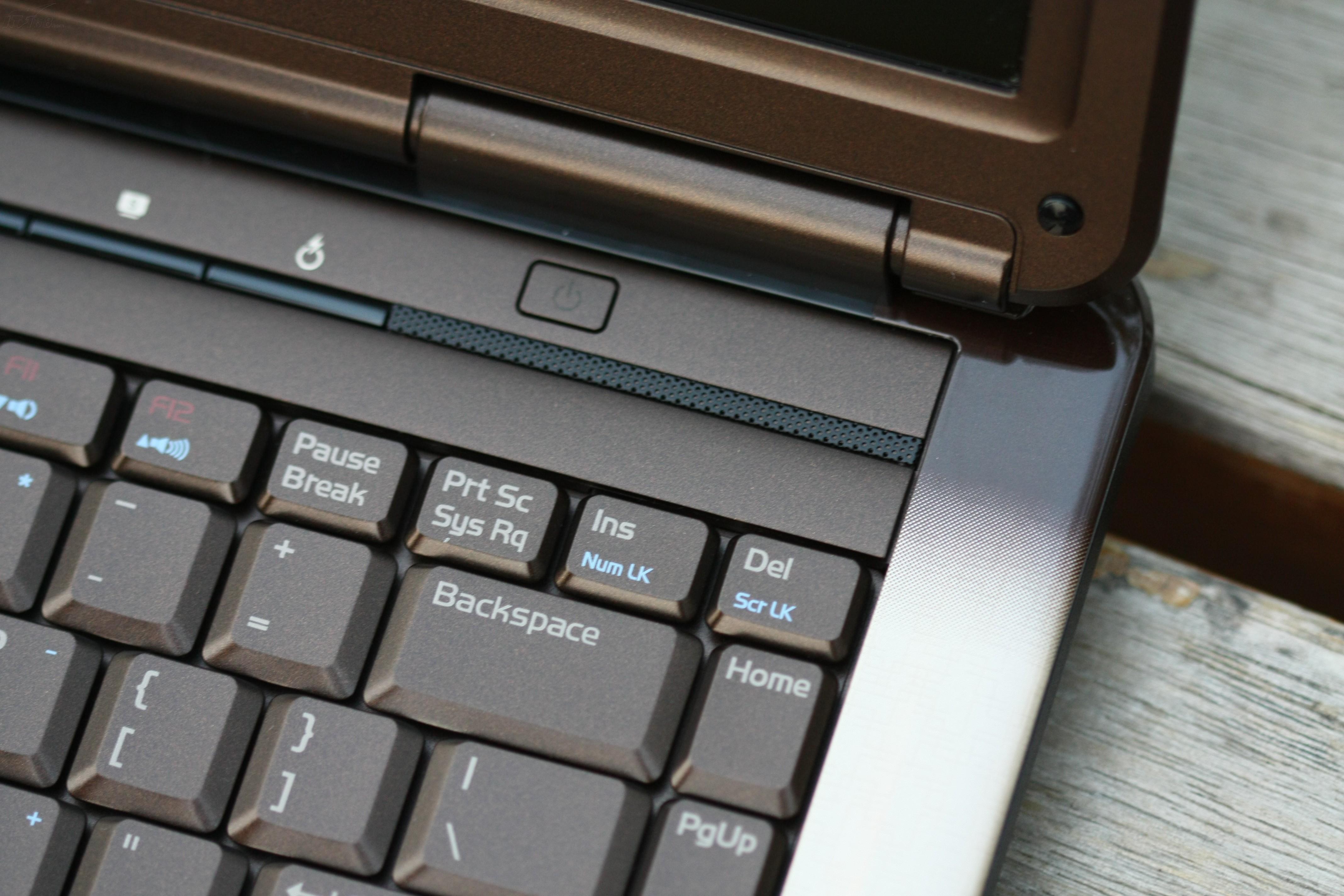 华硕N80H64Vn 巧克力版笔记本产品图片23素材