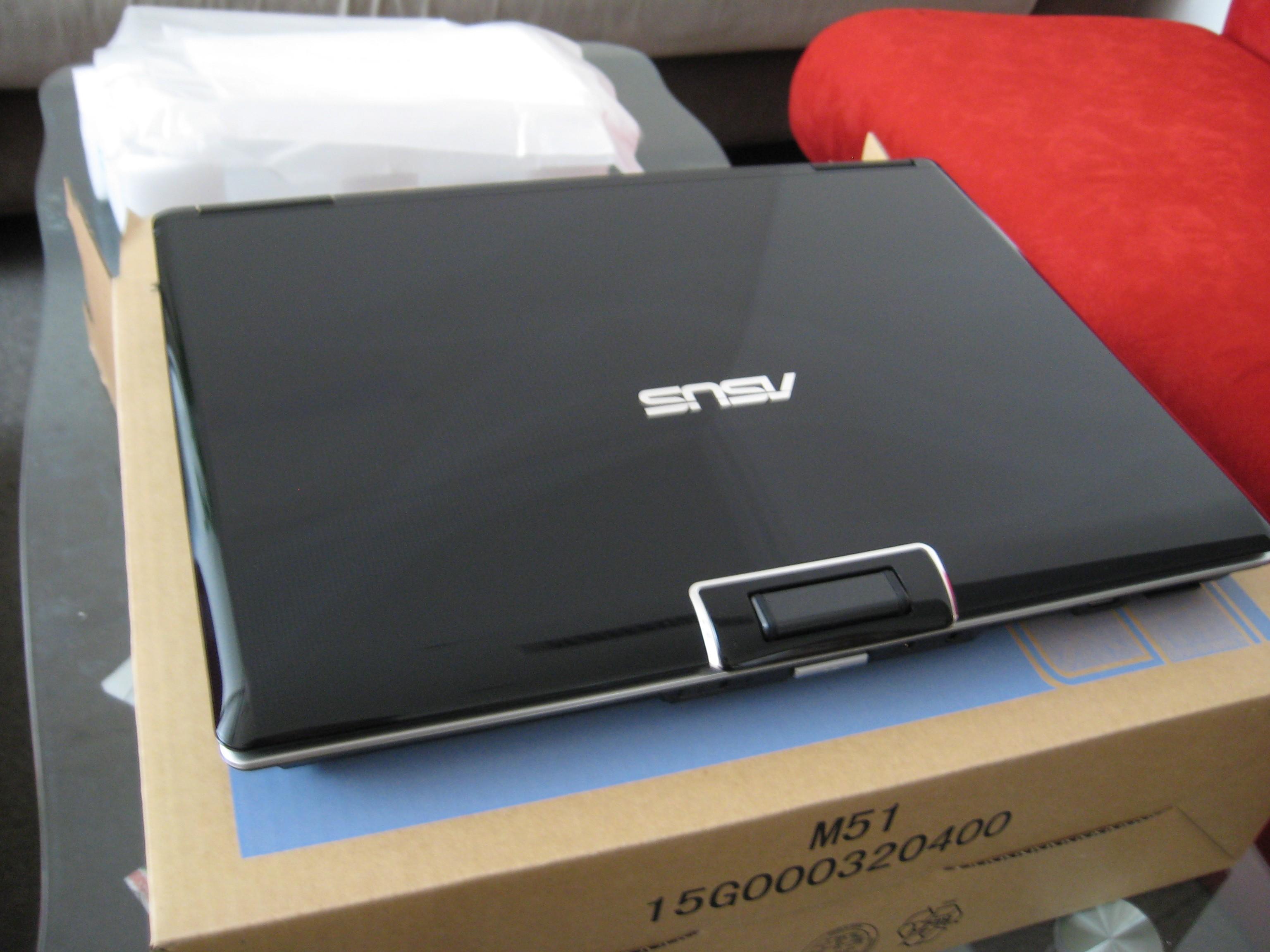 华硕M50T86VM BL笔记本产品图片5素材
