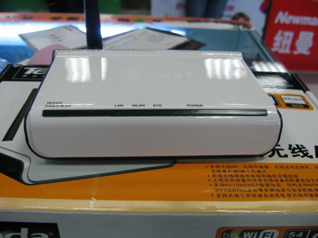 腾达W54A无线网桥产品图片6素材 IT168无线网桥图片大全