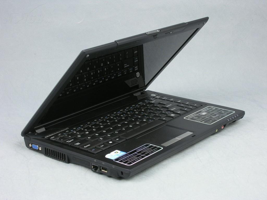 神舟优雅HP500 D9笔记本产品图片6
