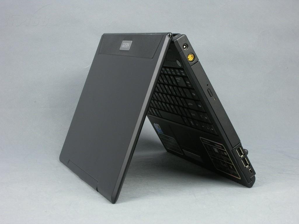 神舟优雅HP500 D9笔记本产品图片8