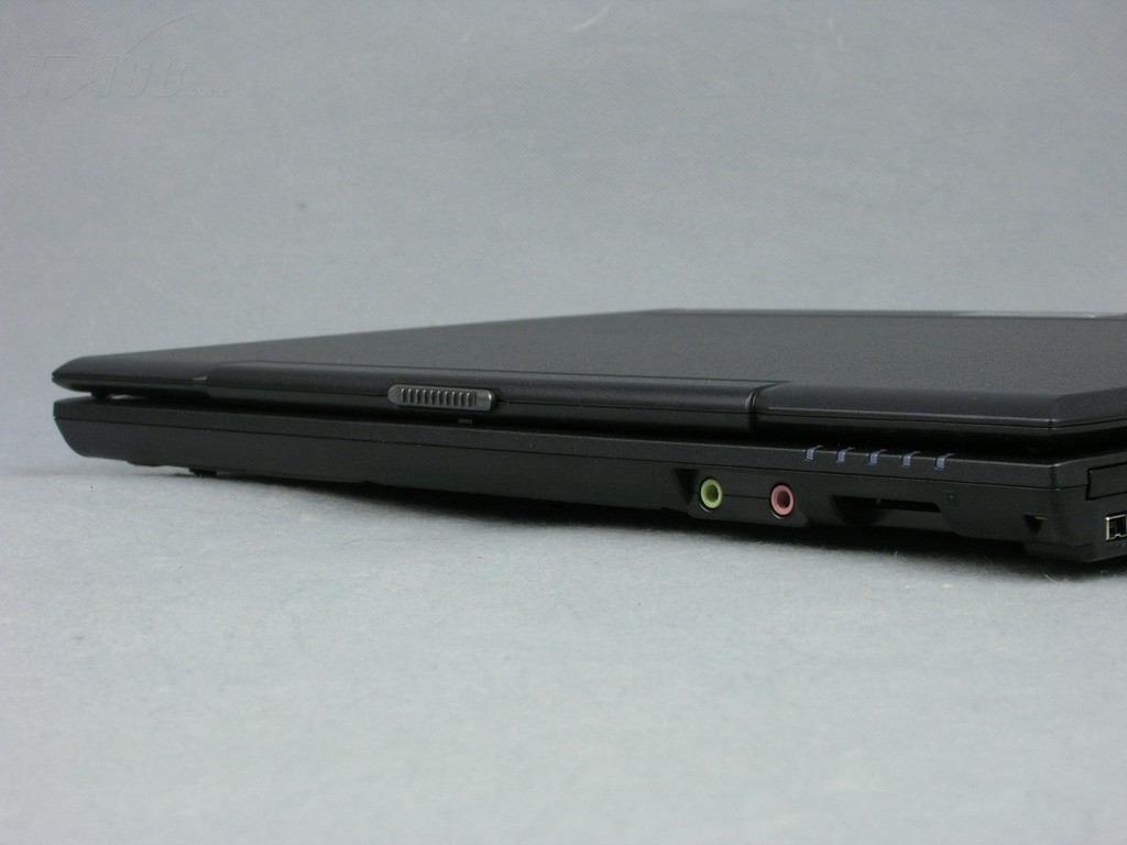 神舟优雅HP500 D5笔记本产品图片88
