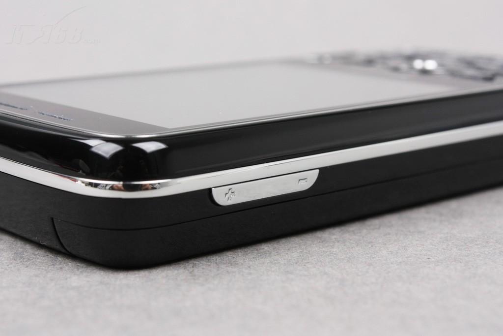 纽曼g20手机产品图片17素材-it168手机图片大全