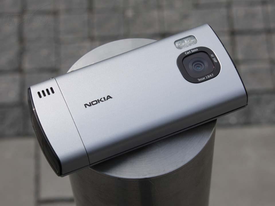 诺基亚6700s背面图片素材-it168手机图片大全