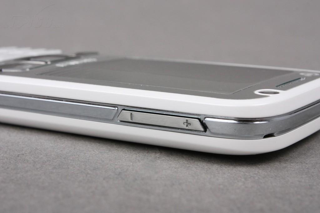 华为t2211手机产品图片5素材-it168手机图片大全