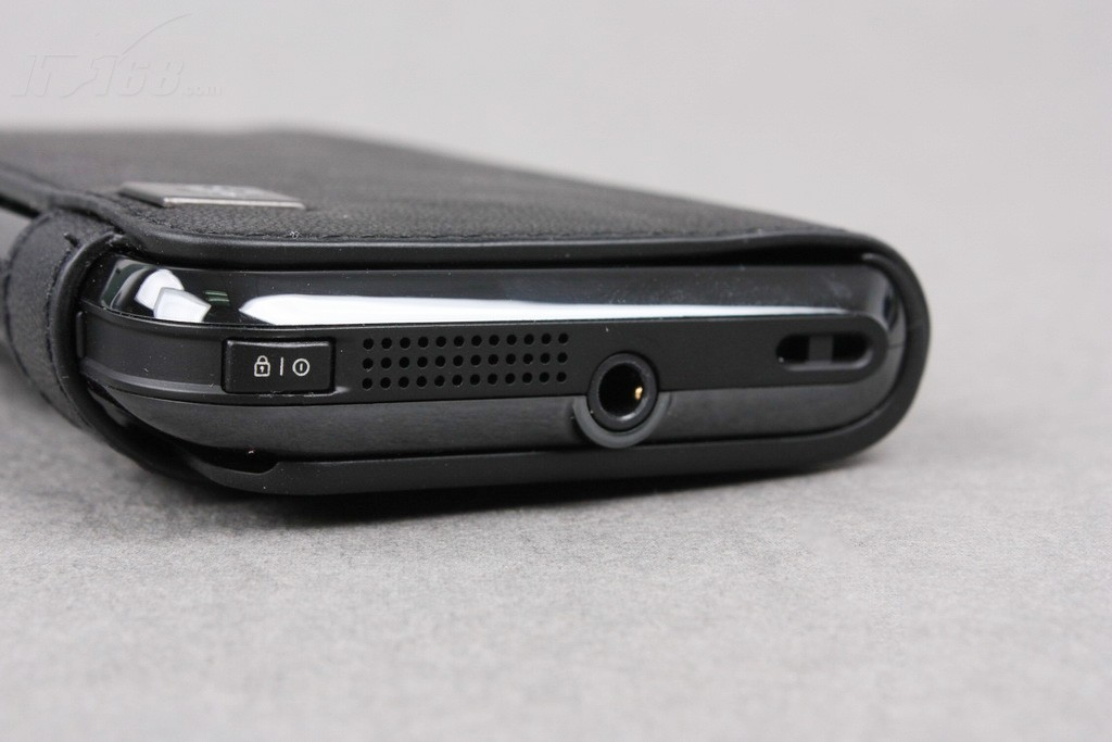 motomt720顶端图片素材-it168手机图片大全