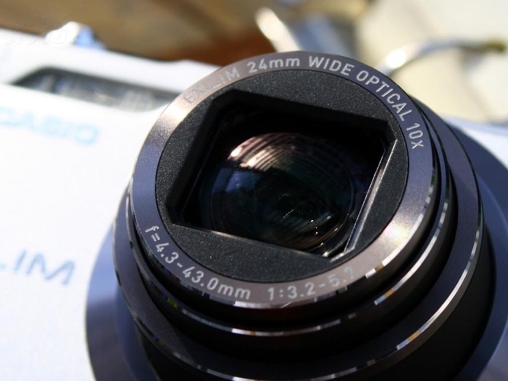 卡西欧h5数码相机产品图片55素材-it168数码相机图片