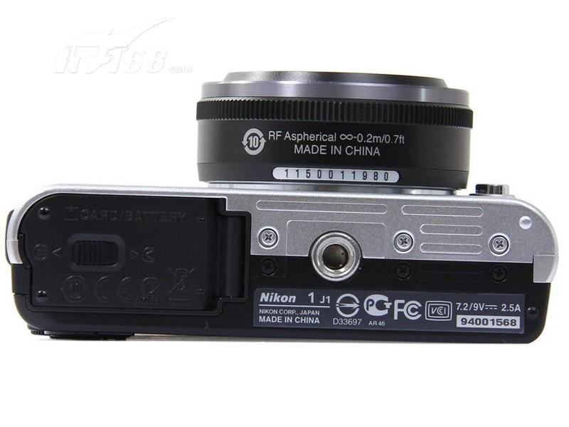 尼康j1底部图片素材-it168数码相机图片大全