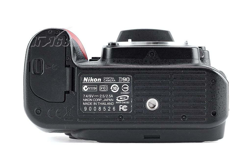 尼康d90 单反机身底部图片素材-it168单反相机图片大全