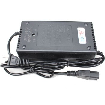 优信12v智能汽车电瓶充电器摩托车电瓶充电器电动车充电器汽车电源