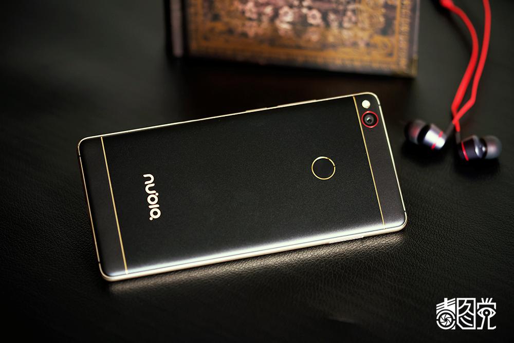 努比亚z11 黑金版场景图片13素材-it168手机图片大全
