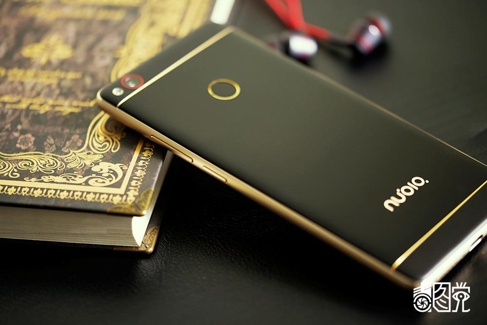努比亚z11 黑金版场景图片35素材-it168手机图片大全