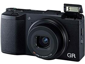 理光 GR 数码相机 黑色(1620万像素 3英寸123万像素液晶屏 23.7×15.7mm CMOS)