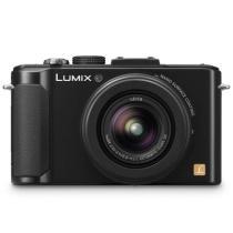 松下 LX7 数码相机 黑色(1010万像素 3英寸液晶屏 3.8倍光学变焦 24mm广角)