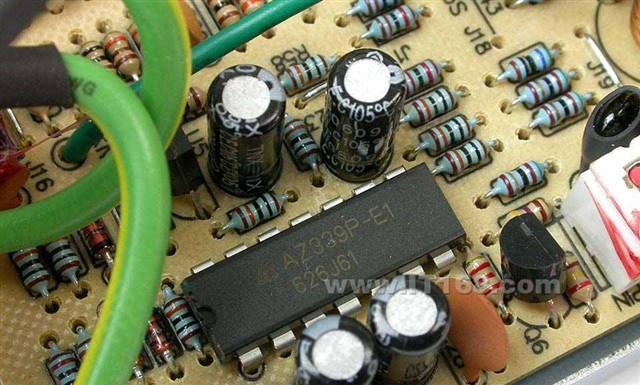 采用8cm大风扇,智能调节温控电路; 最大功率:350w 电源版本:atx12v 2.