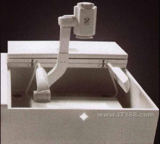 成功CGT 10AI电子讲台及课桌产品图片5