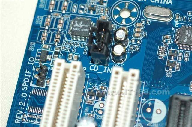 技嘉m61pme-s2(rev. 2.0)主板产品图片49(49/60)