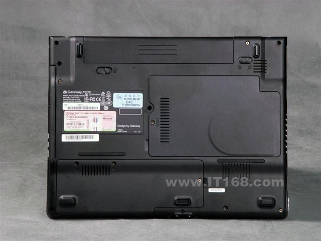 GatewayT 6825c 蓝灰脊纹 笔记本产品图片35
