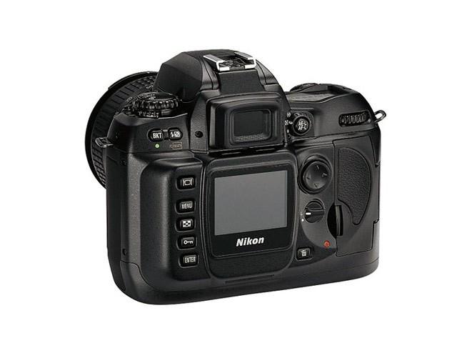 尼康d100_尼康D100数码相机产品图片6-IT168