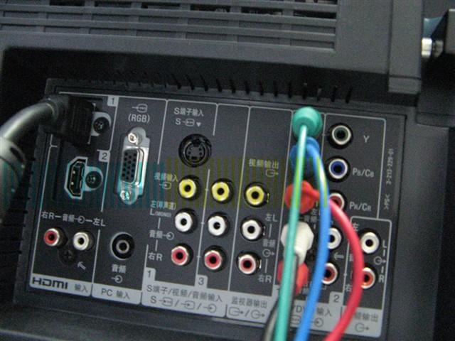 其他功能:WCG-CCFL 亮艳色彩背光源BRAVIA ENGINE 图像处理引擎10-bit 液晶面板驱动BRAVIA Theatre Sync 影院同步功能Cinema Mode 电影模式HD高清晰信号接收预置及DVD逐行扫描输入