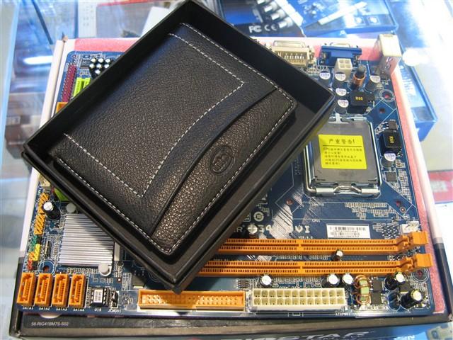 映泰G41 DVI主板产品图片3图片