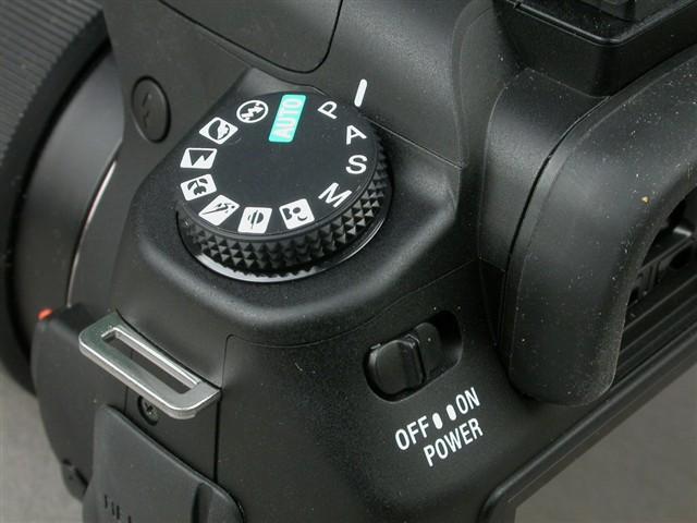 索尼a200 DT16 105mm F3.5 5.6 数码相机产品图片21