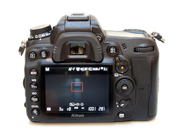 尼康d7000机身_尼康D7000 单反机身(中高级单反 1620万像素 3英寸液晶屏 连拍6张/秒 ...