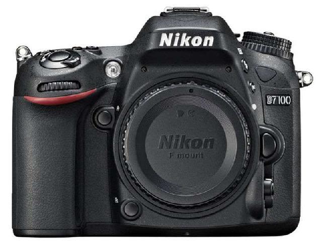 尼康D7100 单反机身(中高级单反 2410万像素 3.2英寸液晶屏 连拍6张/秒)整体外观图图片5