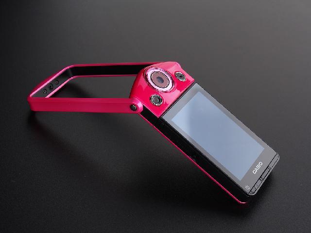 相机 红色 1210万像素 3英寸液晶屏 21mm广角 效果图图片高清图片