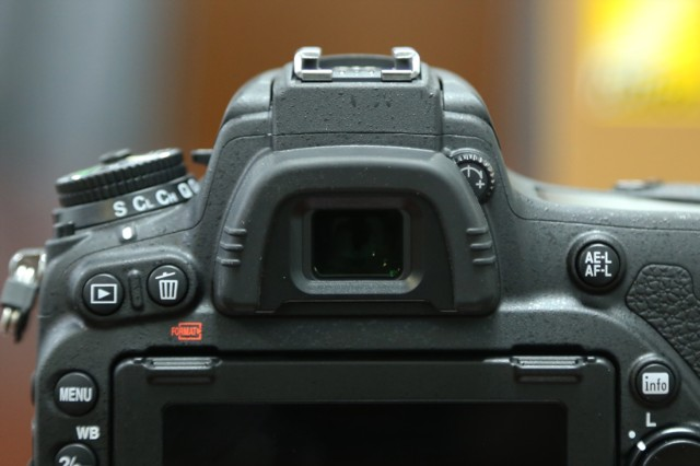 尼康D750  全画幅单反相机(2432万/翻转屏/51点AF)单机身局部细节图图片1