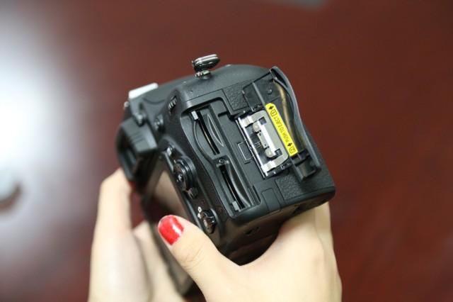 尼康D750  全画幅单反相机(2432万/翻转屏/51点AF)单机身局部细节图图片5