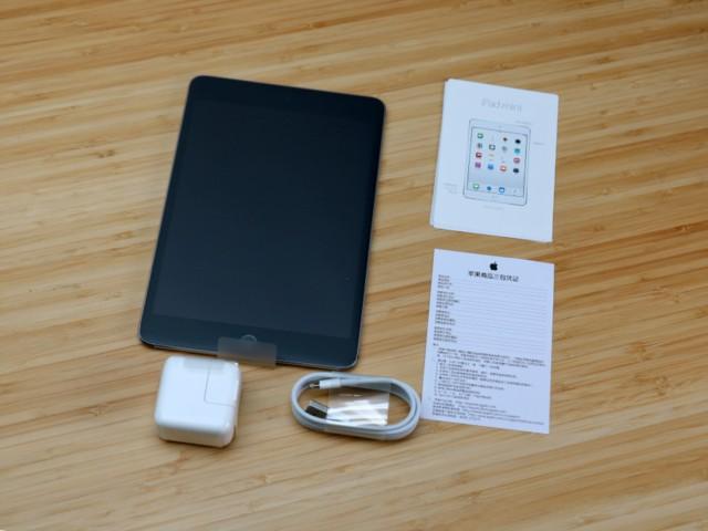 苹果iPad mini 4(7.9英寸 128G WLAN 机型 银色)开箱图片4