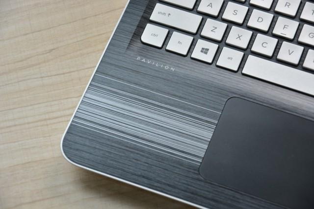 惠普 光影精灵 15-BC012TX 15.6英寸游戏笔记本(I5-6300HQ 8G 1TB GTX960M 2G 独显 FHD win10)实拍图片6
