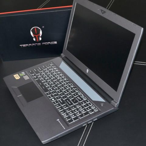 i7 6700K 250G固态 G SYNC MXM接口GTX1060 黑笔记本产品图片2