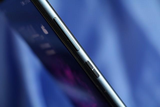 荣耀V9 全网通 高配版 6GB+64GB 移动联通电信4G手机 双卡双待 极光蓝细节图片4