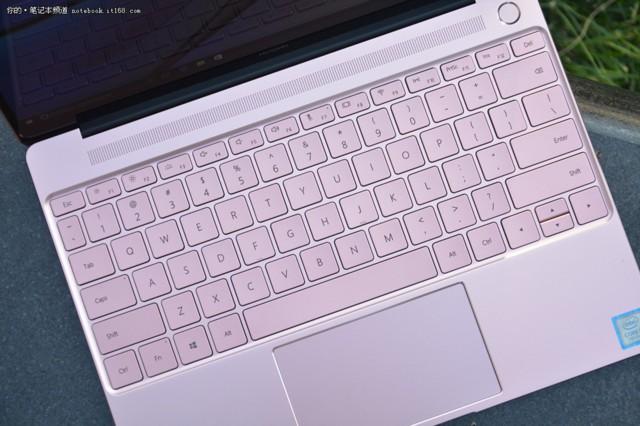 华为MateBook X 13英寸超轻薄笔记本电脑(i5-7200U 4G 256G Win10 内含拓展坞)金实拍图片3