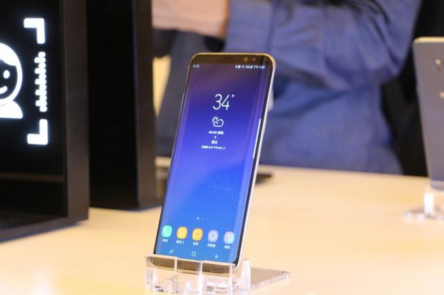三星Galaxy S8+(SM-G9550)4GB+64GB版 雾屿蓝 移动联通电信4G手机 双卡双待现场图片6
