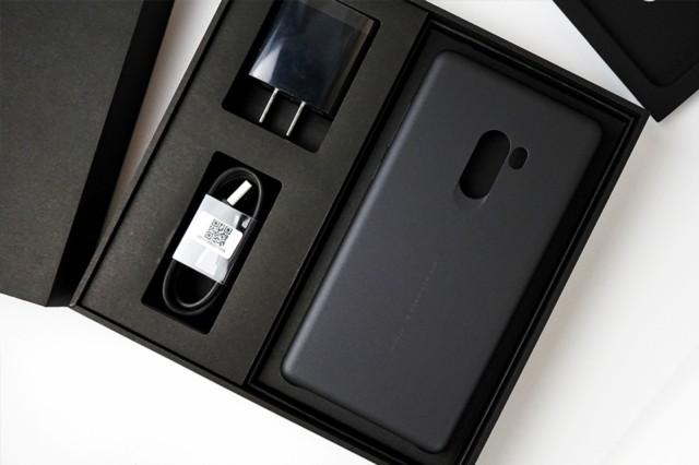 小米MIX2 黑色陶瓷版 6G+128G 全网通4G手机开箱图片3